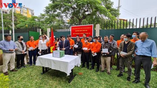 Cộng đồng người Việt Nam tại Mozambique quyên góp ủng hộ Quỹ phòng chống COVID-19  - ảnh 3