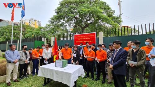 Cộng đồng người Việt Nam tại Mozambique quyên góp ủng hộ Quỹ phòng chống COVID-19  - ảnh 4