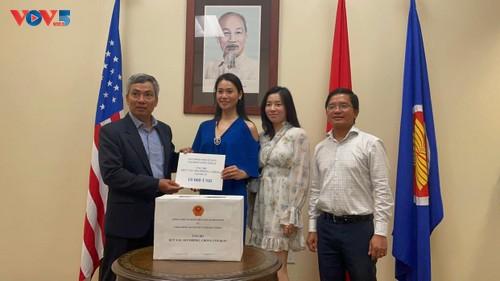 Tổng Lãnh sự quán Việt Nam tại Texas phát động ủng hộ Quỹ vắc xin phòng chống Covid 19  - ảnh 2