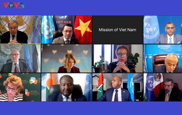 Vietnam Imbau Komunitas Internasional untuk Capai Kesepakatan Bantu Suriah Atasi Tantangan  - ảnh 1