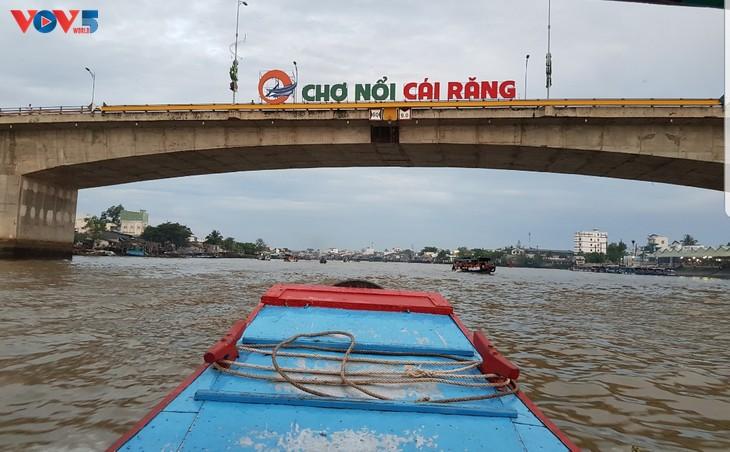 Mercado flotante de Cai Rang, principal atracción de Can Tho - ảnh 1