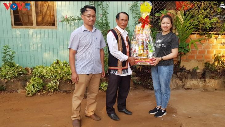 Jana, une personnalité importante de la commune Hà Bâu - ảnh 2
