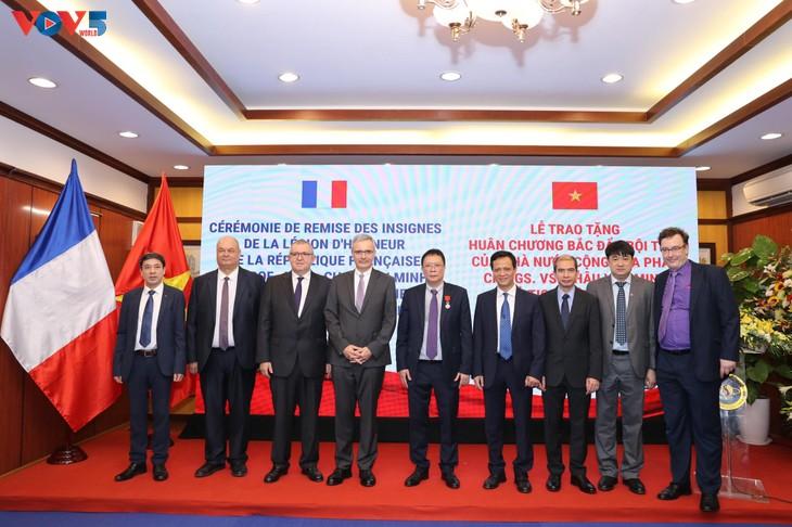 GS.VS. Châu Văn Minh, Chủ tịch Viện Hàn lâm Khoa học và Công nghệ Việt Nam được trao Huân chương Bắc đẩu Bội tinh của Pháp - ảnh 5