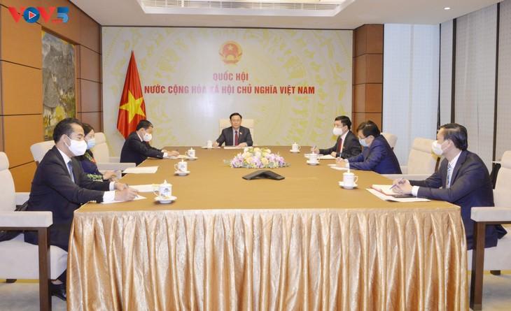 俄罗斯考虑向越南转让卫星5(Sputnik V)新冠疫苗生产技术 - ảnh 1