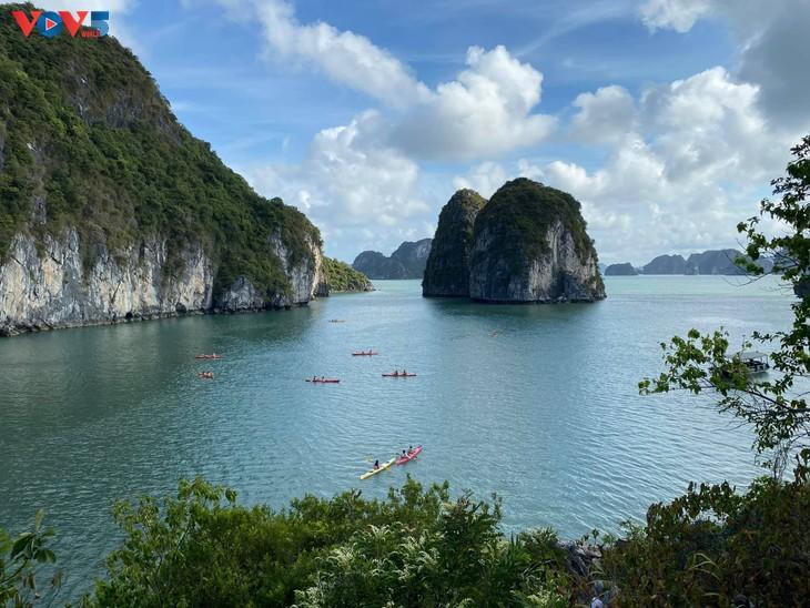 Vịnh Hạ Long lọt top 50 kỳ quan đẹp nhất thế giới - ảnh 5