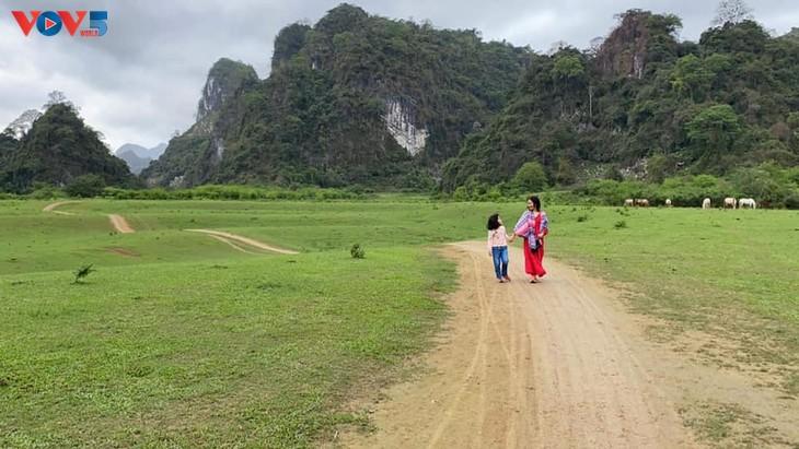 Thảo nguyên Đồng Lâm - điểm đến dã ngoại lý tưởng  - ảnh 5