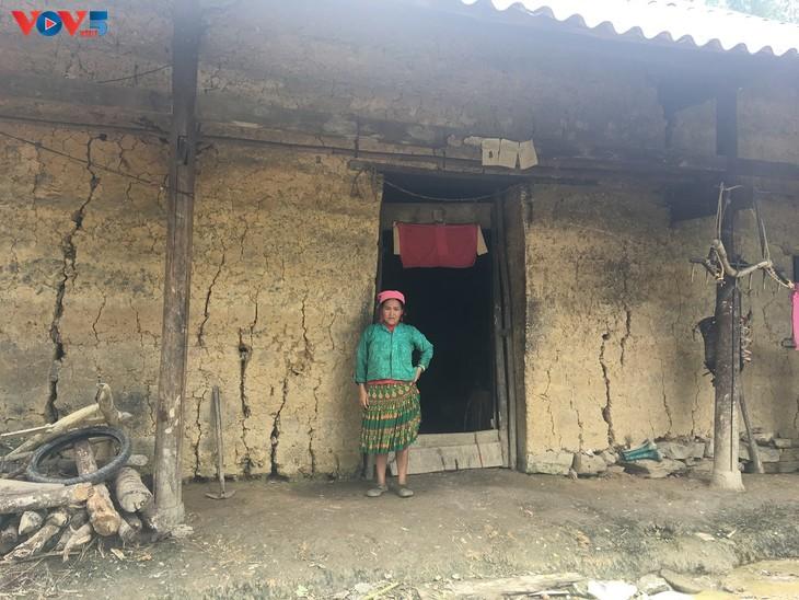 Đến thôn Má Lủng của người Mông ở xã Ma Lé - ảnh 2