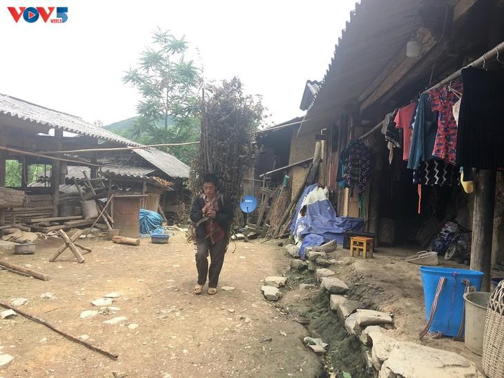 Đến thôn Má Lủng của người Mông ở xã Ma Lé - ảnh 12