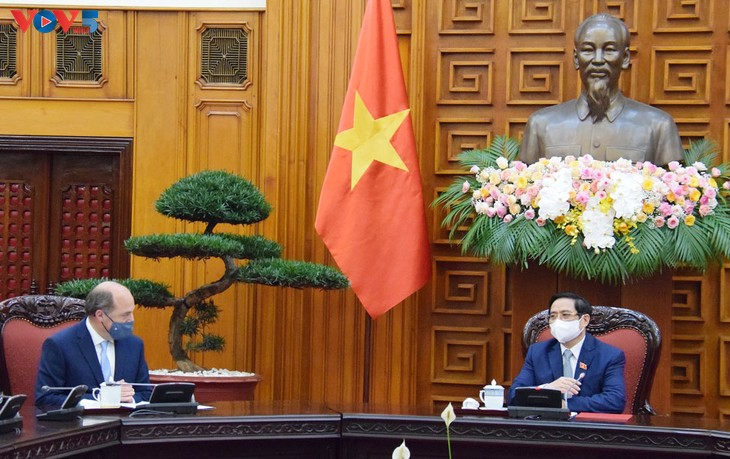 Vietnam, Britain promote bilateral strategic partnership - ảnh 1