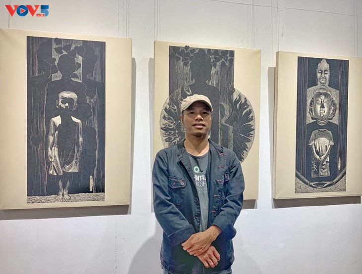 Nguyễn Khắc Hân với triển lãm 10 năm đi cùng tranh khắc gỗ - ảnh 3