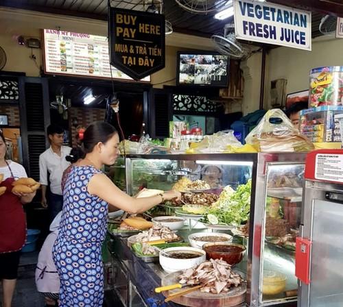 Recorrido gastronómico por el Casco Antiguo de Hoi An - ảnh 2