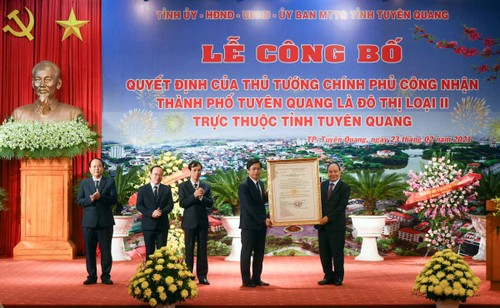 Continúan las actividades para cumplir el objetivo de sembrar mil millones de árboles en Vietnam - ảnh 2