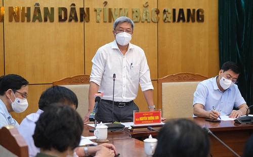 Siguen medidas drásticas contra el covid-19 en las áreas más afectadas en Vietnam - ảnh 1