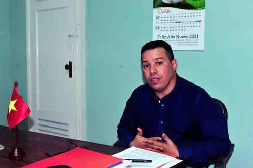 Académico cubano destaca el valor del artículo del líder político de Vietnam sobre el socialismo - ảnh 1