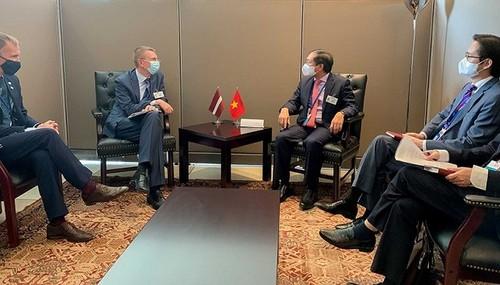 Vietnam ensalza la política exterior a favor de la cooperación y el apoyo mutuo en el mundo - ảnh 2