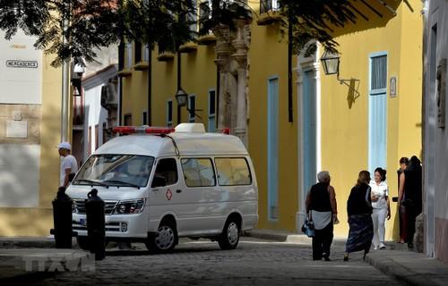 Cuba envía médicos a varios países para repeler Covid-19 - ảnh 1