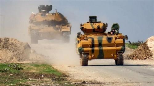 Estados Unidos y Turquía refuerzan sus destacamentos en el noreste de Siria  - ảnh 1