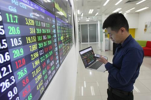 Compañías de valores en Vietnam esperan fuerte crecimiento - ảnh 1