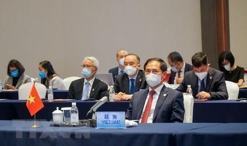 Vietnam promueve la cooperación integral Asean-China - ảnh 1