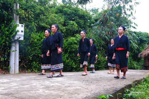 义安省俄都族人的传统文化 - ảnh 1