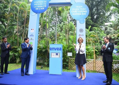 Inauguration d'un nouveau dispositif de mesure de la qualité de l'air à Hanoï - ảnh 1