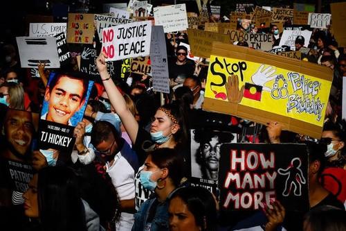De Washington à Paris, mobilisation massive contre le racisme  - ảnh 5