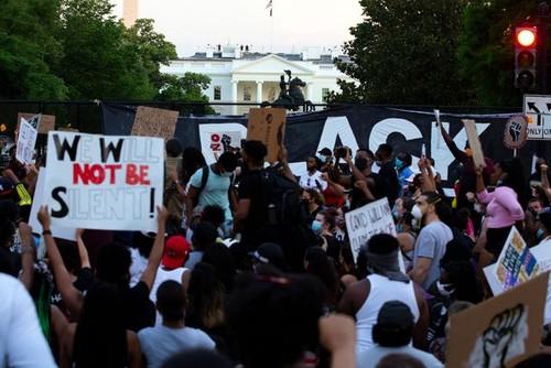 De Washington à Paris, mobilisation massive contre le racisme  - ảnh 3