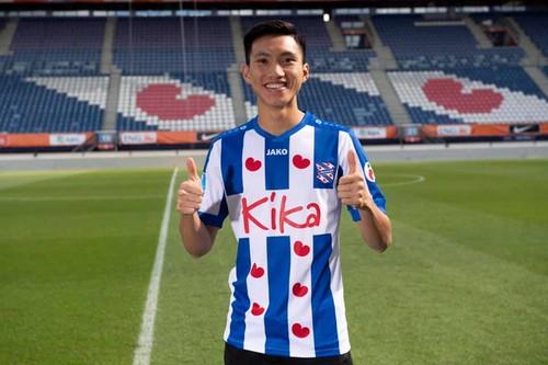 Dutch top division club SC Heerenveen unveils Vietnamese star Van Hau - ảnh 1