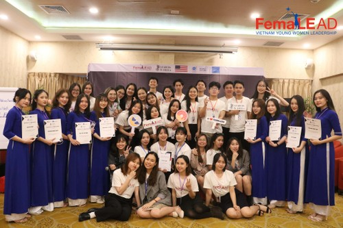 """FemaLEAD – Vietnam Young Women Leadership project: """"The sky is your limit!"""" - ảnh 1"""