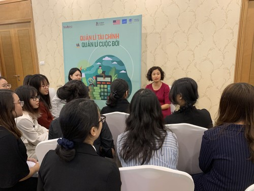 """FemaLEAD – Vietnam Young Women Leadership project: """"The sky is your limit!"""" - ảnh 4"""