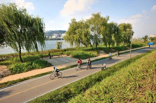 Tour around RoK's Hangang River - ảnh 2