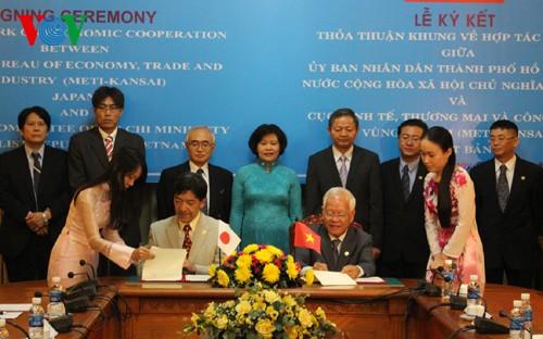Thành phố Hồ Chí Minh và Bangkok (Thái Lan) thiết lập quan hệ hữu nghị  - ảnh 1
