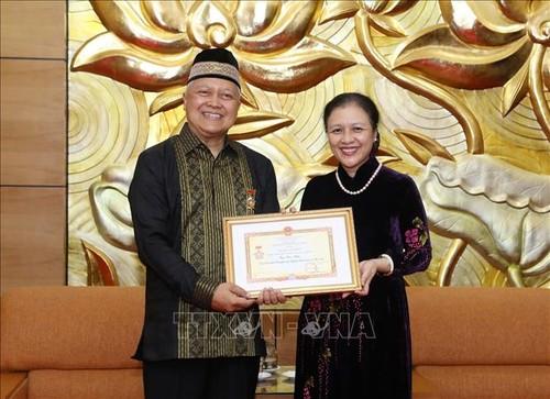 Turut Mendorong Hubungan Persahabatan, dan Kerjasama Antar-Rakyat Dua Negeri Vietnam-Indonesia - ảnh 1