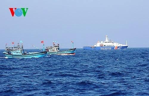13. Verhandlungsrunde über die Zusammenarbeit in den wenig empfindlichen Bereichen im Meer zwischen Vietnam und China - ảnh 1