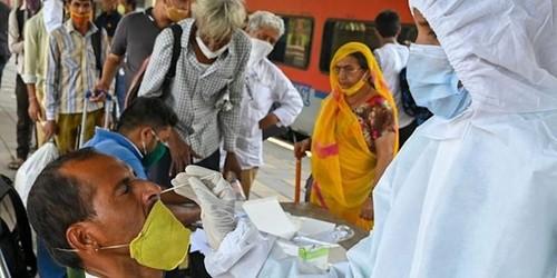 Covid-19-Pandemie verursacht fast 3,9 Millionen Todesfälle - ảnh 1