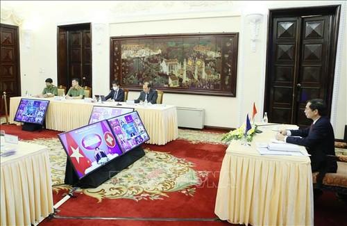 东盟要加强政治安全合作 确保和平、安全、稳定的环境 - ảnh 1