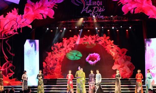 HCM city's Ao dai festival opens  - ảnh 1