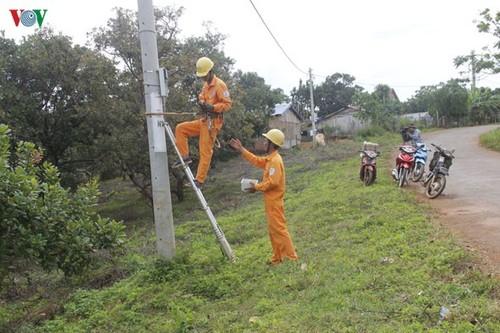 Electricity brings change to Xe Dang hamlet  - ảnh 2