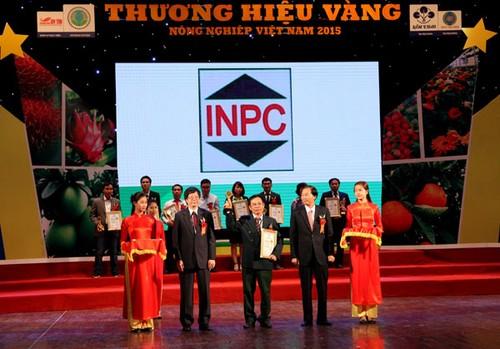 Honorer les labels d'or de l'agriculture vietnamienne - ảnh 1
