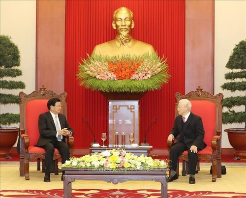 Nguyên Phu Trong rencontre Thongloun Sisoulith - ảnh 1