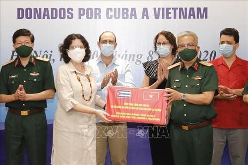 Vietnam recibe medicamentos donados por Cuba para el control del nuevo coronavirus - ảnh 1