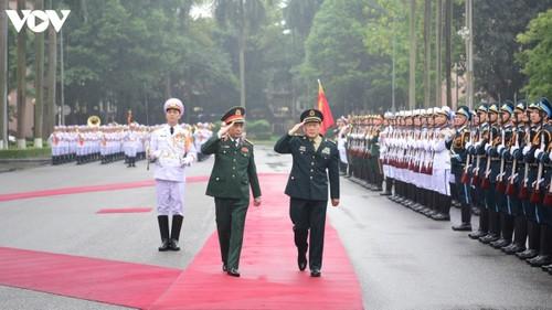 Vietnam y China buscan fortalecer las relaciones de defensa - ảnh 1