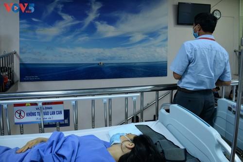 Un Truong Sa en el Hospital de la Universidad de Medicina de Hanói - ảnh 5