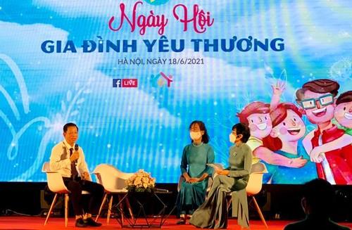 """Día de la Familia en Vietnam 2021: """"Familia pacífica - Sociedad feliz"""" - ảnh 8"""