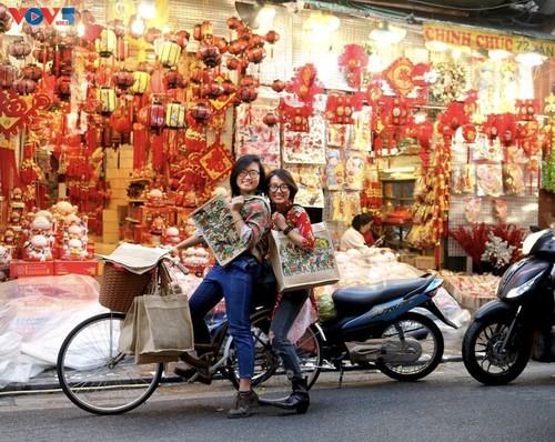 Marca local y ecológica en Hanói produce bolsos de arpillera - ảnh 6