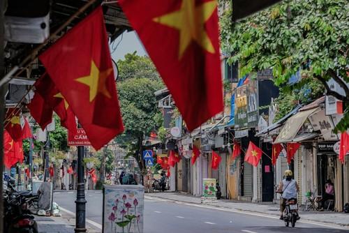 Hanói: Permiten reapertura de servicios esenciales - ảnh 1