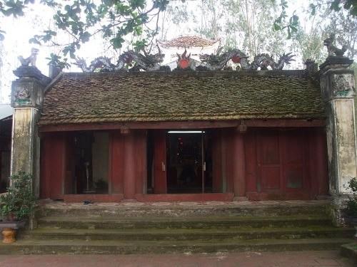 Balai Desa Lac Thi: tempat menyimpan selar sejarah yang heroik di bumi Thang Long-Ha Noi - ảnh 1