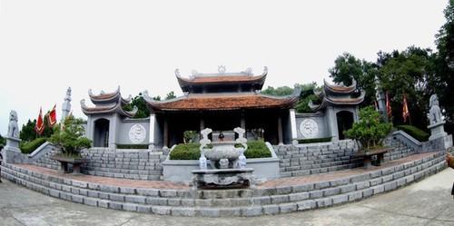 Artistik yang unik dan alam yang aneh di Kuil Cao An Phu - ảnh 1