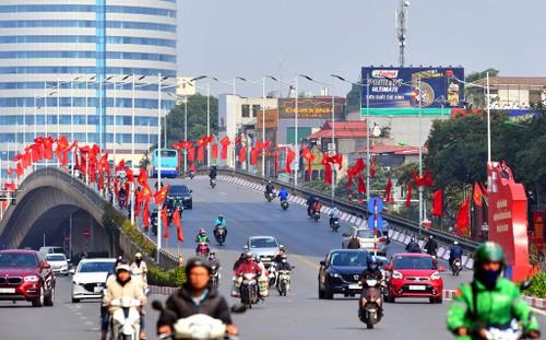 Hà Nội rực rỡ cờ hoa chào mừng Đại hội lần thứ XIII của Đảng - ảnh 4