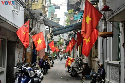 Hà Nội rực rỡ cờ hoa chào mừng Đại hội lần thứ XIII của Đảng - ảnh 9